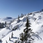 gustaf-snowboard-pudder-drop-sol-høgevardefjellpark-fjellpark
